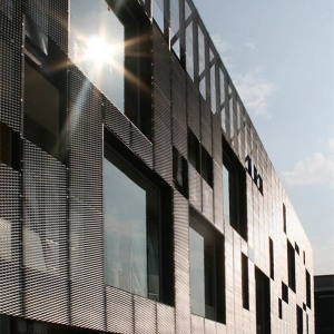 MARIANItech - Facade cladding with Malibu expanded metal, Turin (Italy)